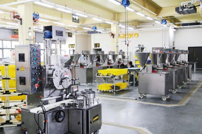 Keuntungan Menggunakan Jasa Import Mesin Industri